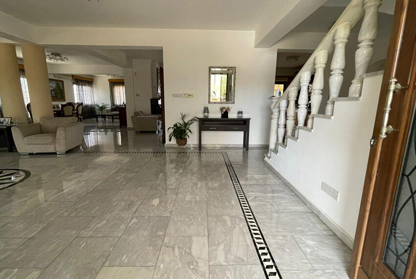 Luxury 6 bed house for rent with private pool & sea views Emba_15