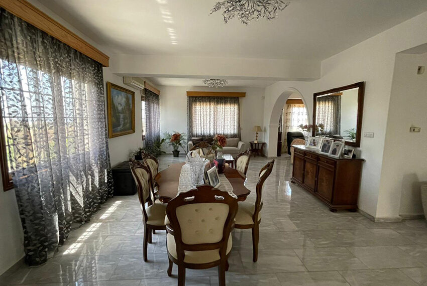 Luxury 6 bed house for rent with private pool & sea views Emba_18