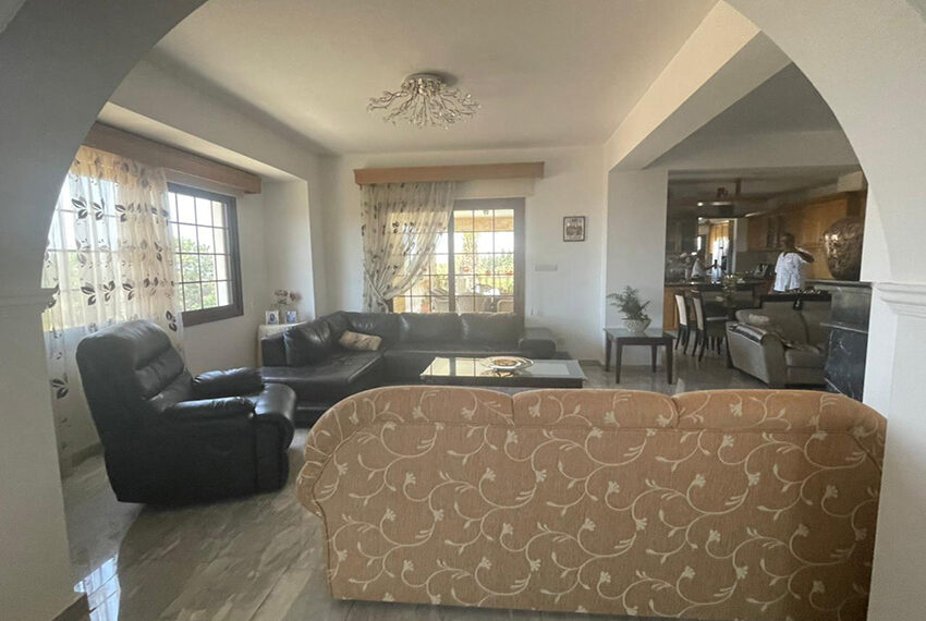 Luxury 6 bed house for rent with private pool & sea views Emba_19