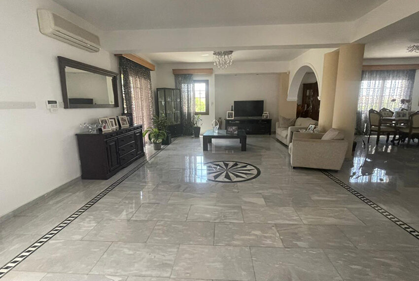 Luxury 6 bed house for rent with private pool & sea views Emba_20