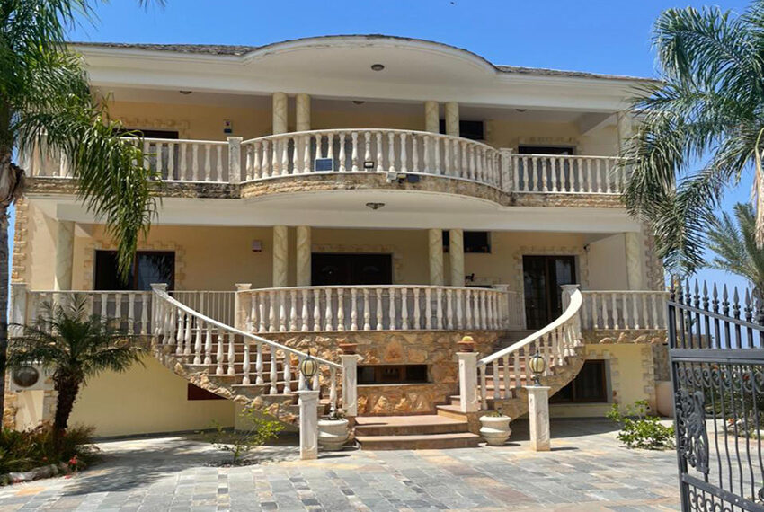 Luxury 6 bed house for rent with private pool & sea views Emba_23
