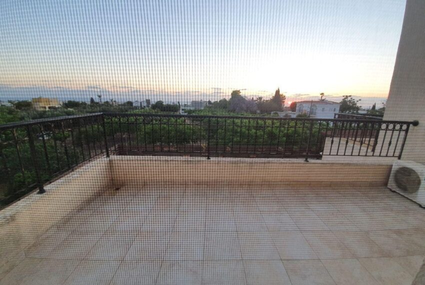 House for rent with private pool in Emba village_3