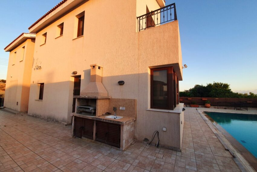 House for rent with private pool in Emba village_12