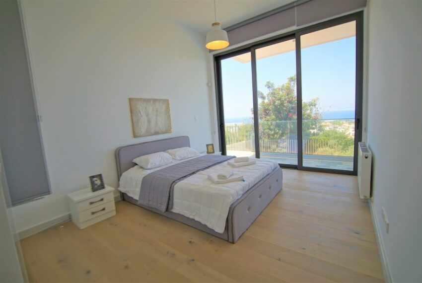 Modern 4 bedroom 4 bathroom villa for rent Chloraka_17
