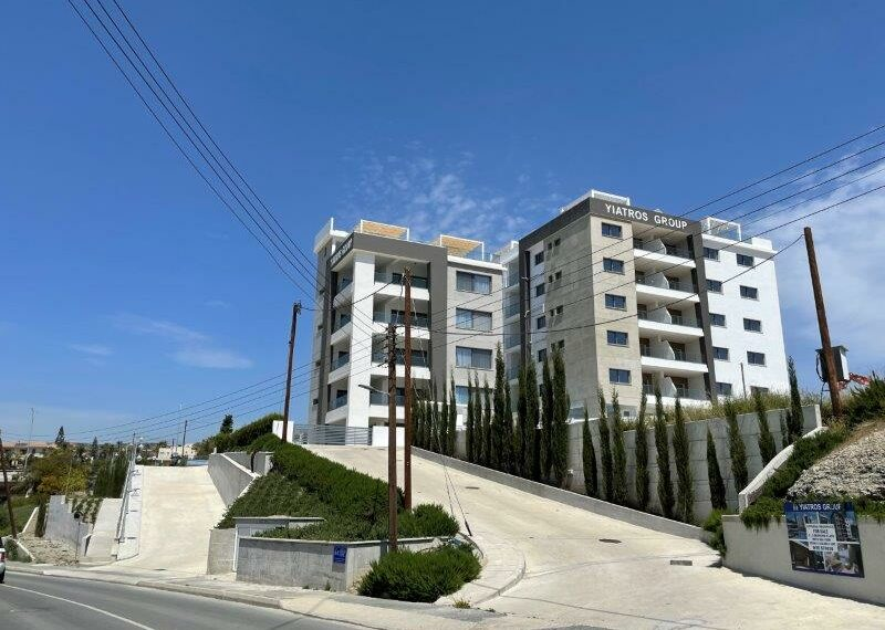 Penthouse for rent long term in Limassol Potamos Germasogeia_1