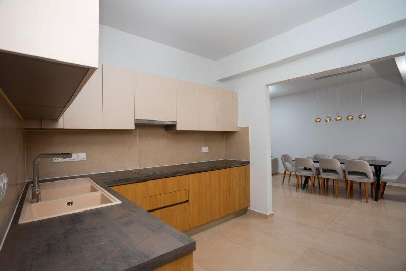 Penthouse for rent long term in Limassol Potamos Germasogeia_14