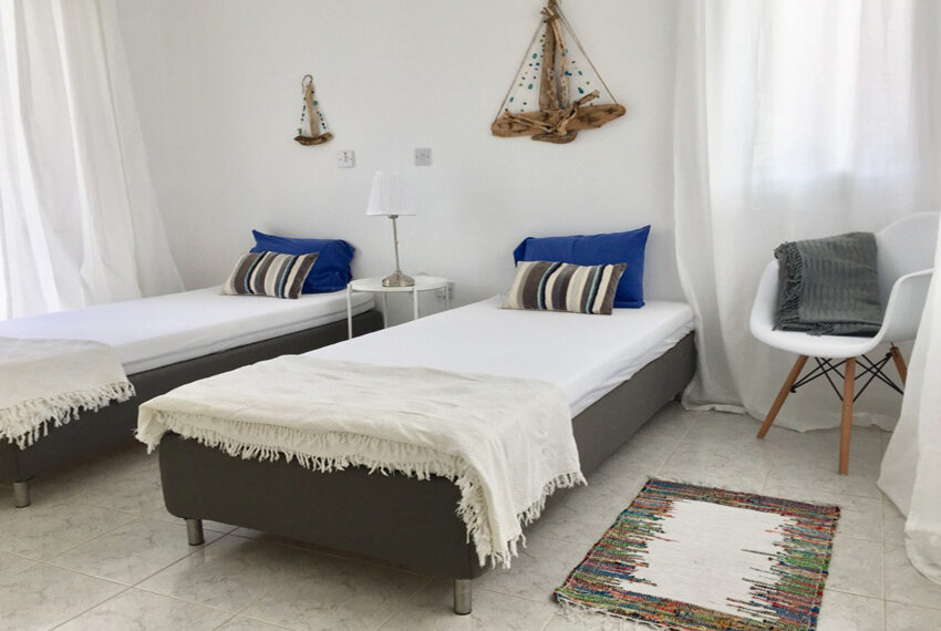 Detached 3 bedroom villa for sale with private pool in Peyia_4