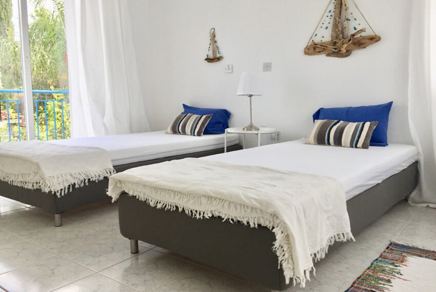 Detached 3 bedroom villa for sale with private pool in Peyia_5