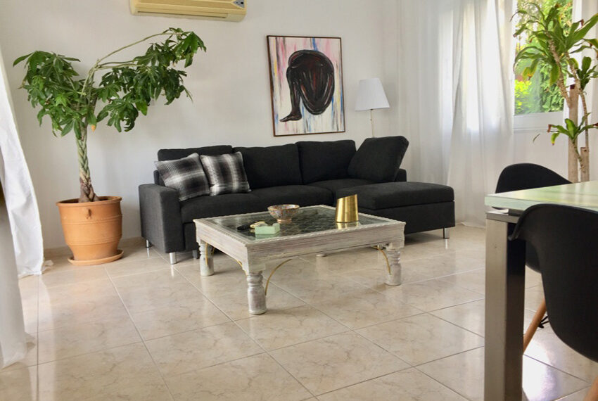 Detached 3 bedroom villa for sale with private pool in Peyia_10