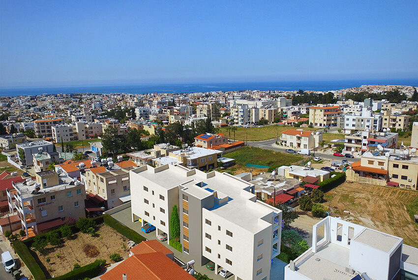 Modern 3 bedroom apartment for sale in Paphos town_5