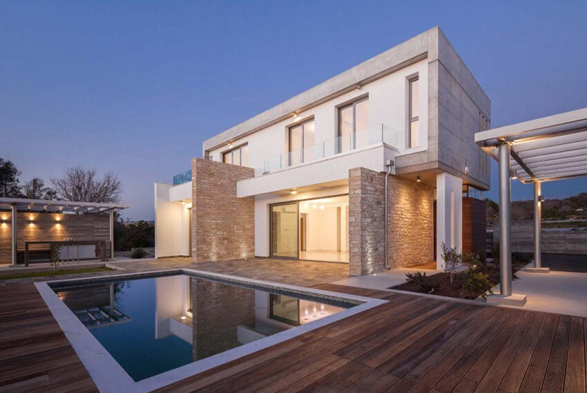 Luxury 4 bedroom villa for rent long term Chloraka_3