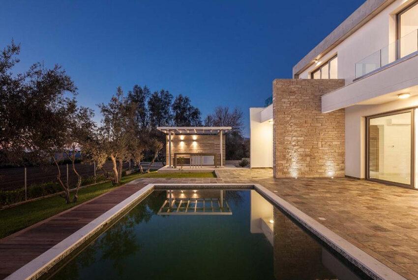 Luxury 4 bedroom villa for rent long term Chloraka_7