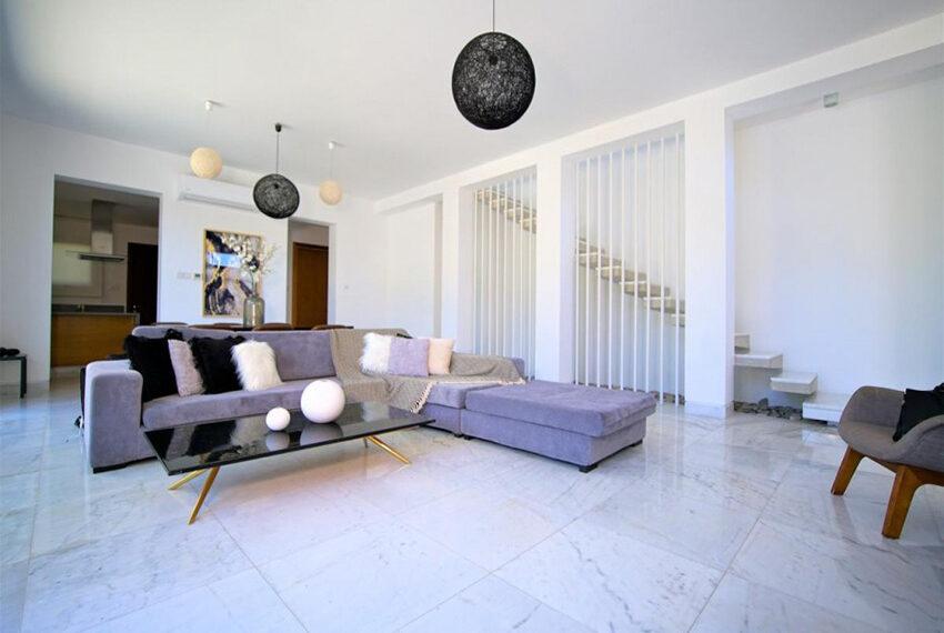 Luxury 4 bedroom villa for rent long term Chloraka_13