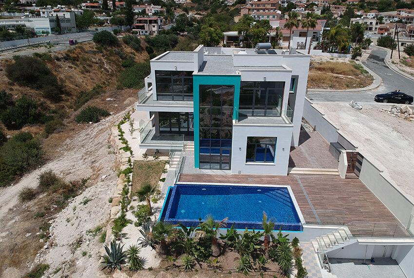 Luxury villa for sale with fantastic views of Mediterranean