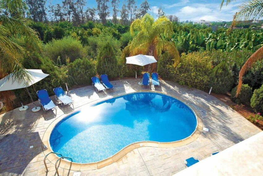 For rent 4 bedroom villa with private pool Coral bay Peyia_8