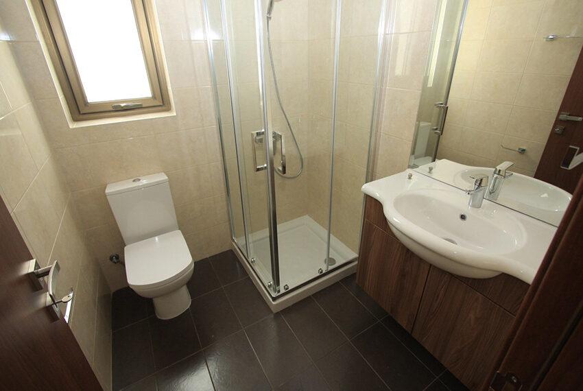 For rent brand new unfurnished 3 bedroom villa in Chloraka_9