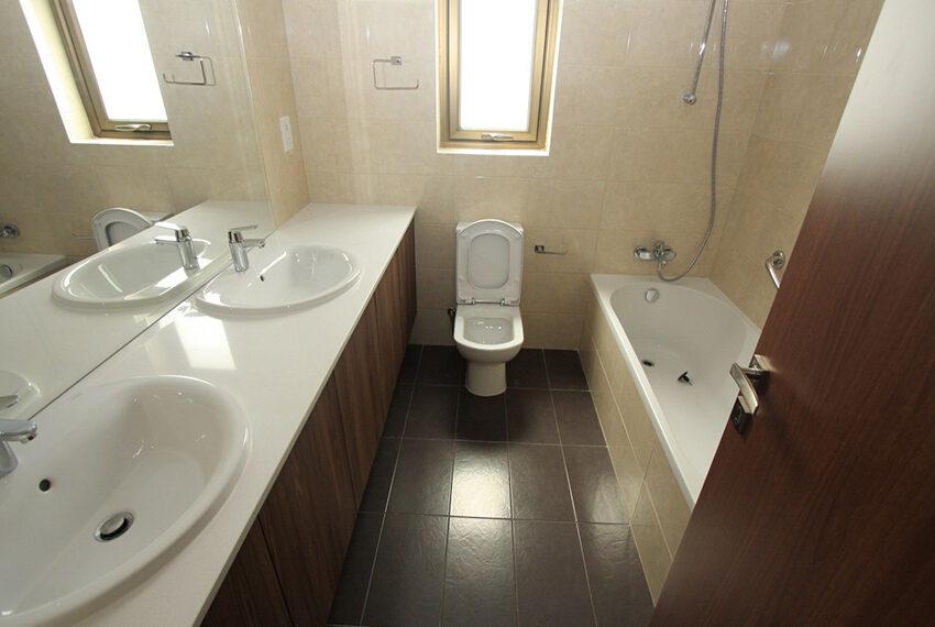 For rent brand new unfurnished 3 bedroom villa in Chloraka_12