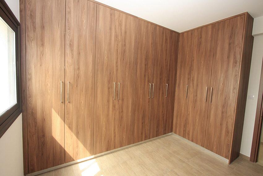 For rent brand new unfurnished 3 bedroom villa in Chloraka_16