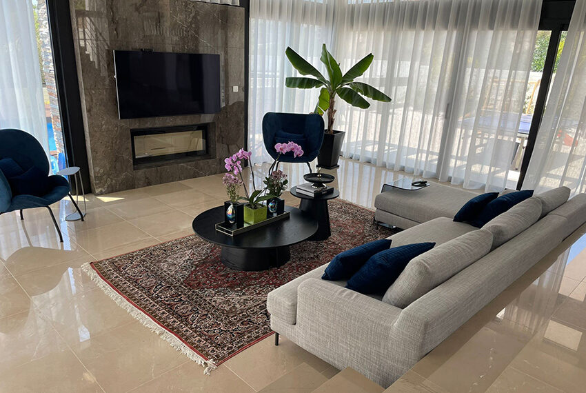 Luxury 3 bedroom villa for rent long term in Mouttagiaka Limassol_3