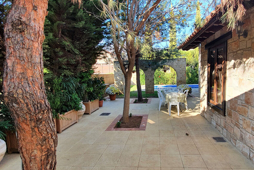 5 bedroom house for sale with private pool Souni - Limassol_4