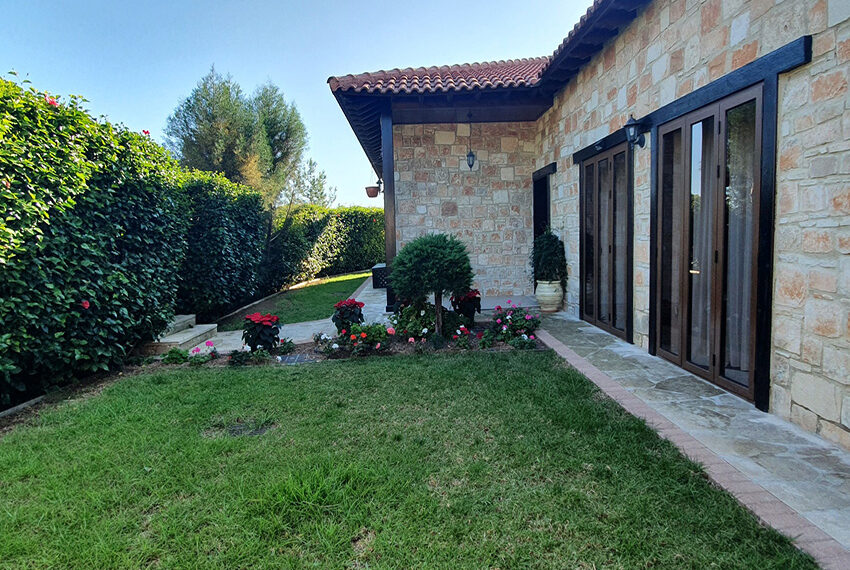 5 bedroom house for sale with private pool Souni - Limassol_7