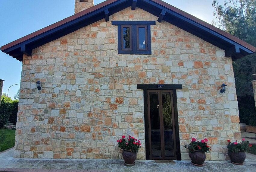 5 bedroom house for sale with private pool Souni - Limassol_10