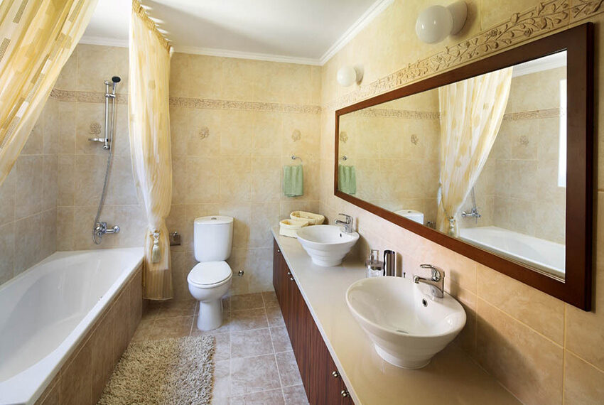 5 bedroom house for sale with private pool Souni - Limassol_13