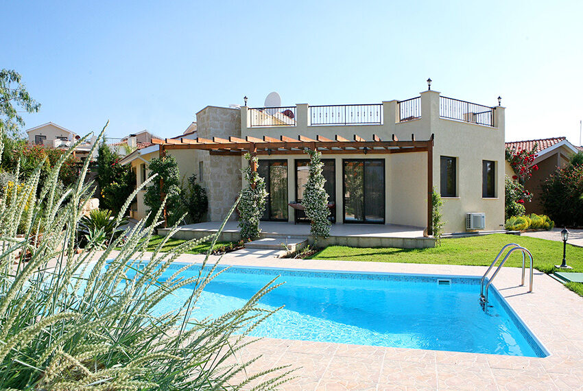 2 bed villa for sale with private pool Souni Limassol8