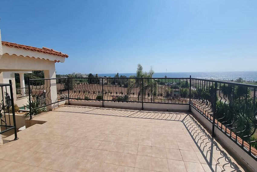 For rent 4 bed villa with private pool in Kissonerga Paphos_7