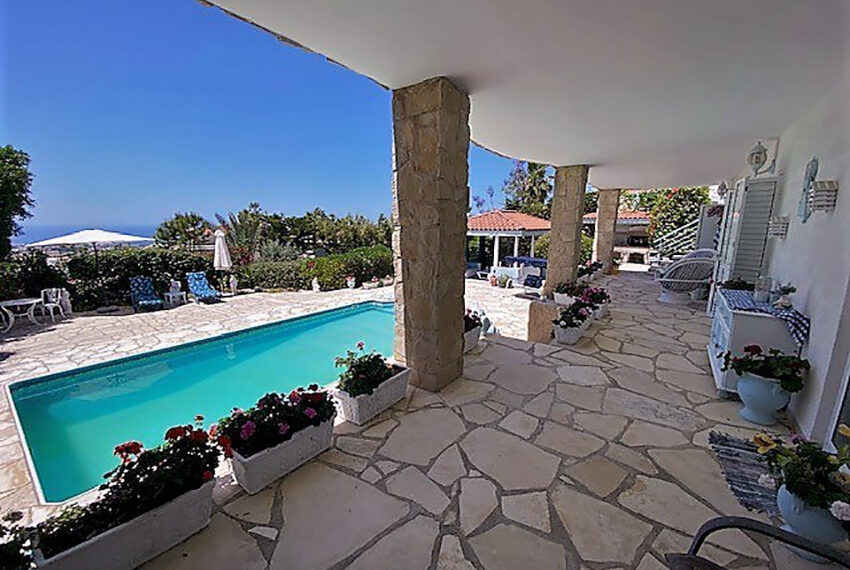 Villa for sale with panoramic sea views Tala Paphos_3
