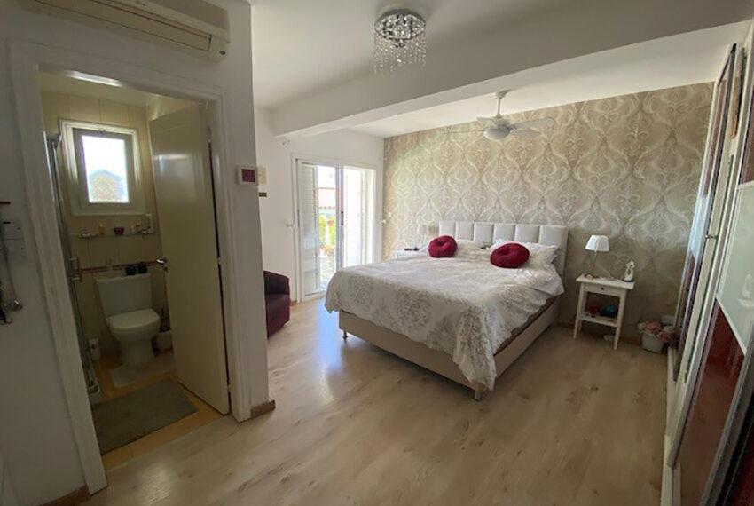 Villa for sale with panoramic sea views Tala Paphos_9