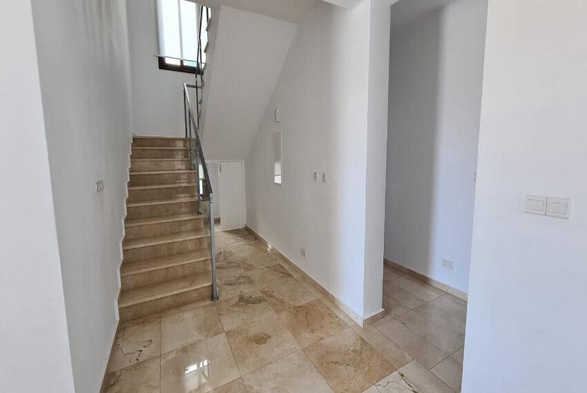 Modern 4 bedroom villa for rent long term in Sea Cavs area_5