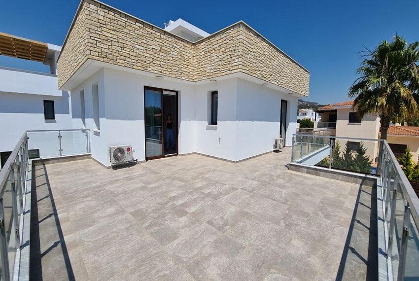 Modern 4 bedroom villa for rent long term in Sea Cavs area_8