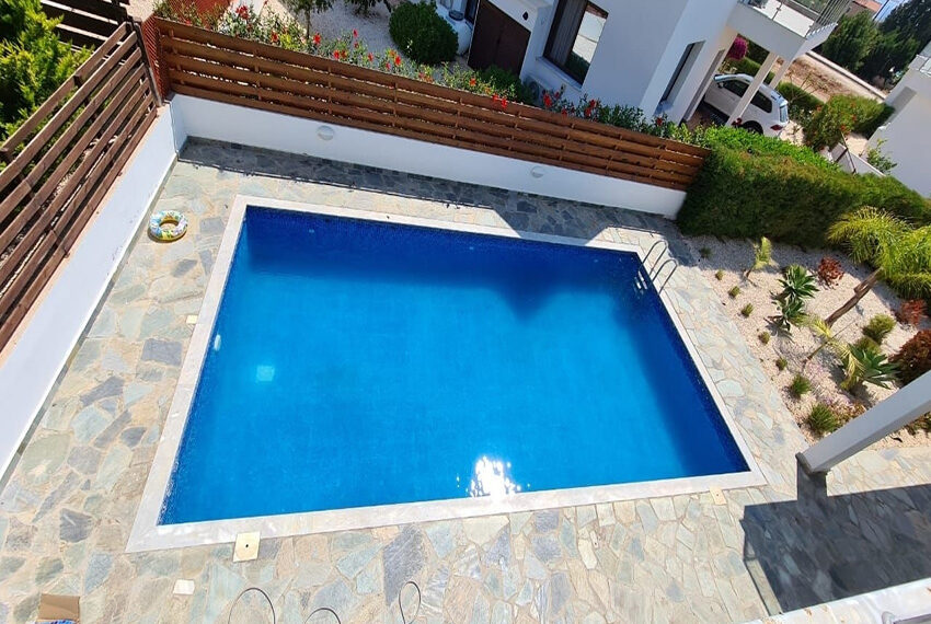 Modern 4 bedroom villa for rent long term in Sea Cavs area_12