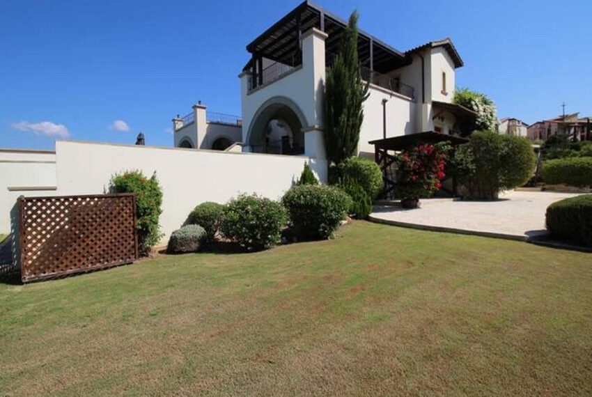 For rent junior villa with private pool Aphrodite hills resort _5