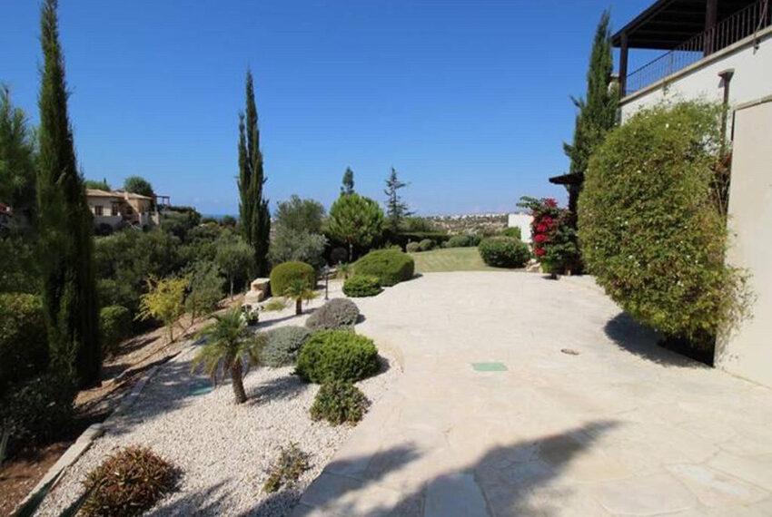 For rent junior villa with private pool Aphrodite hills resort _16