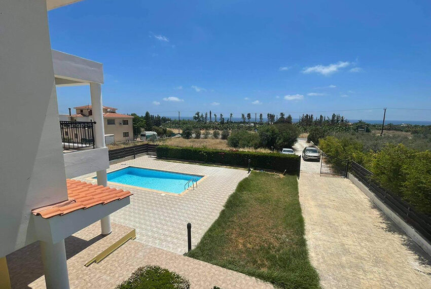 Unfurnished 3 bedroom house for rent in Peyia Cyprus_11