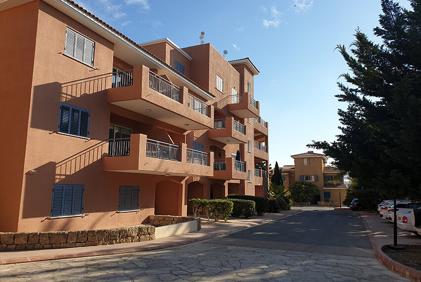 Limnaria gardens 1 bedroom apartment for rent long term_7