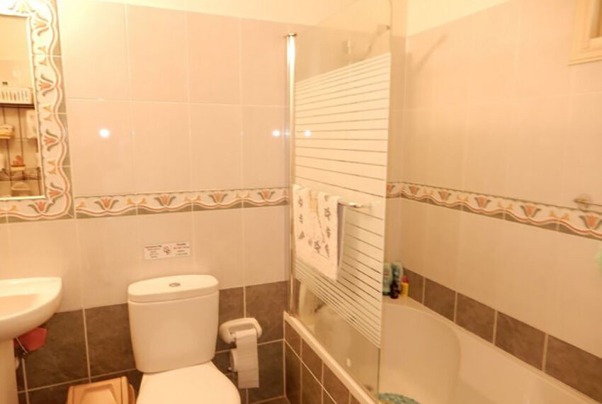 Spacious 1 bedroom apartment for rent long term Emba_11