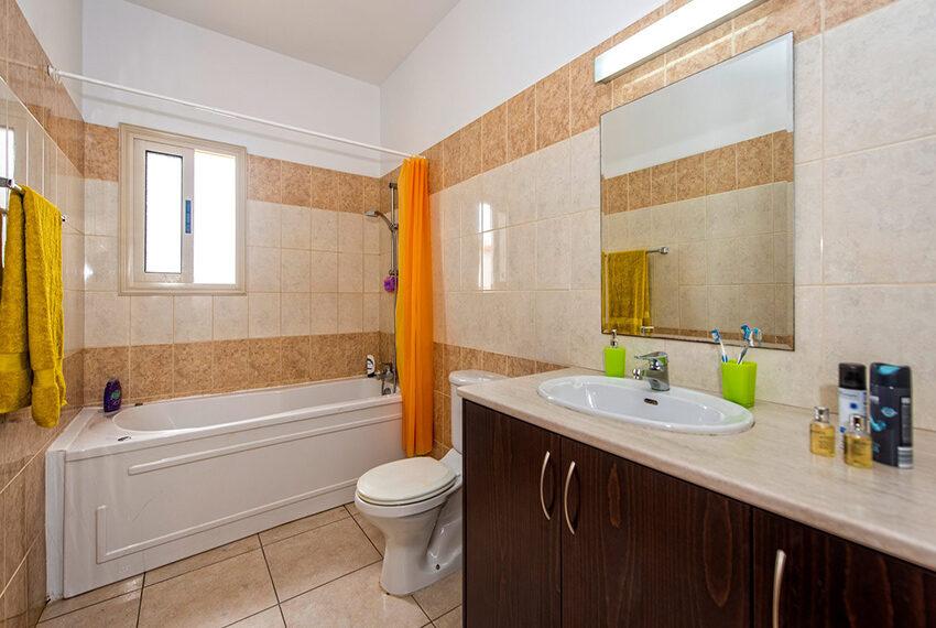 3 bedroom villa Aphrodite for rent long term Cyprus_15