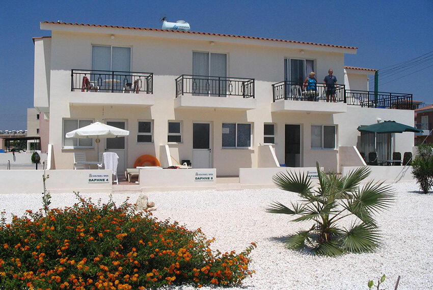 2 bedroom townhouse for rent in Universal area Paphos_2