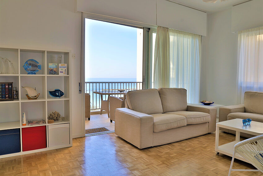 Beach front apartment for sale Agios Tychonas Limassol_8